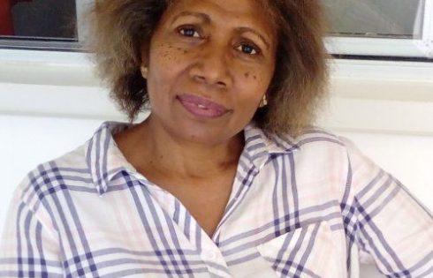 Rosemary Leona pemiliki Hotel Vila Rose an bisnis ekspor kava Vanuatu Wise – DVU