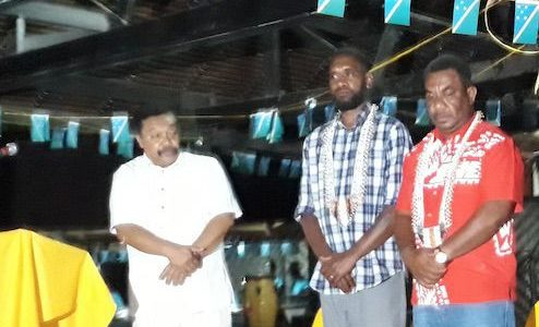 Port Vila Lord Mayor Daniel, Honiara City Mayor Andrew Mua and Luganville Mayor Onen Gaviga during the Solomon Islands Independence celebrations in Honiara.